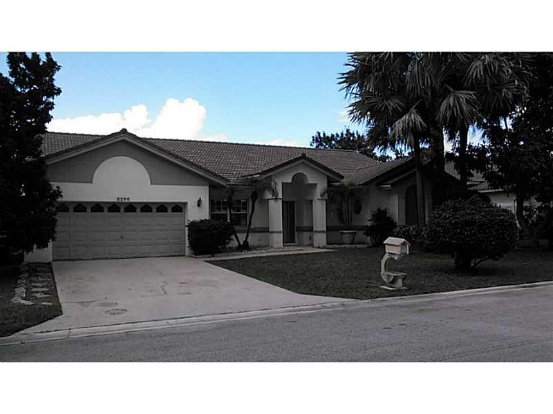 8199 NW 40th Ct, Pompano Beach, FL
