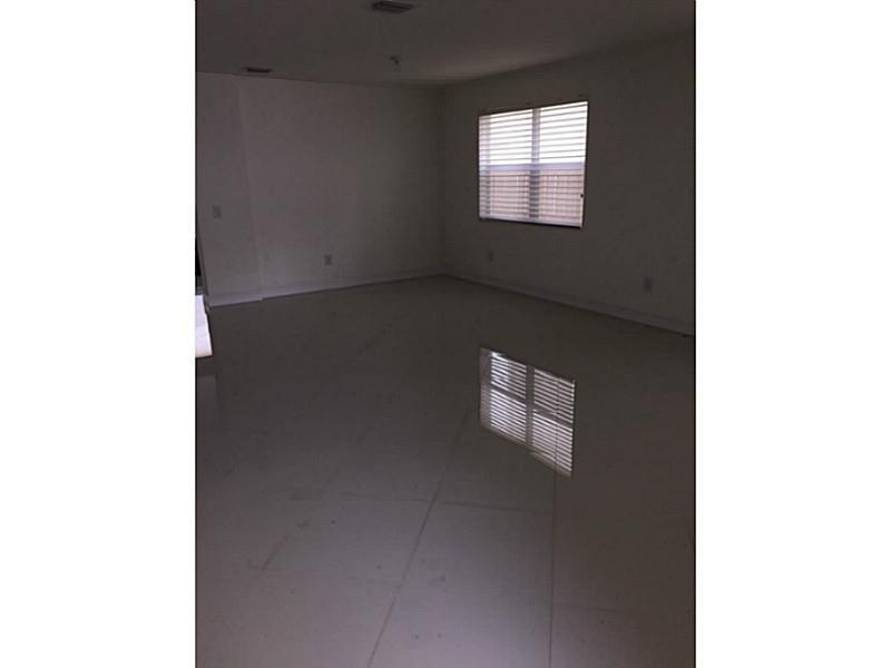 8915 NW 99 Court, Doral, FL 33178