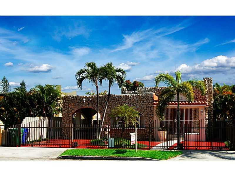 1742 SW 11 St, Miami, FL