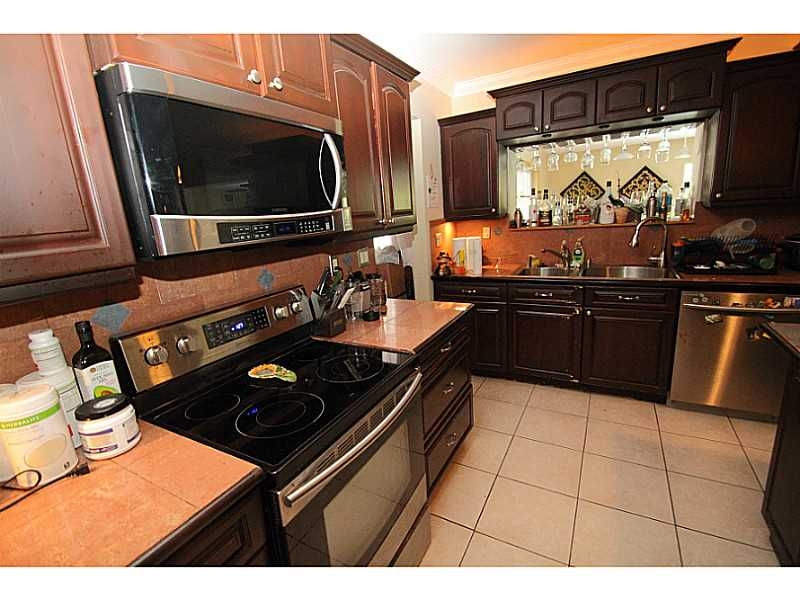 6031 SW 97 Ave, Miami FL 33173