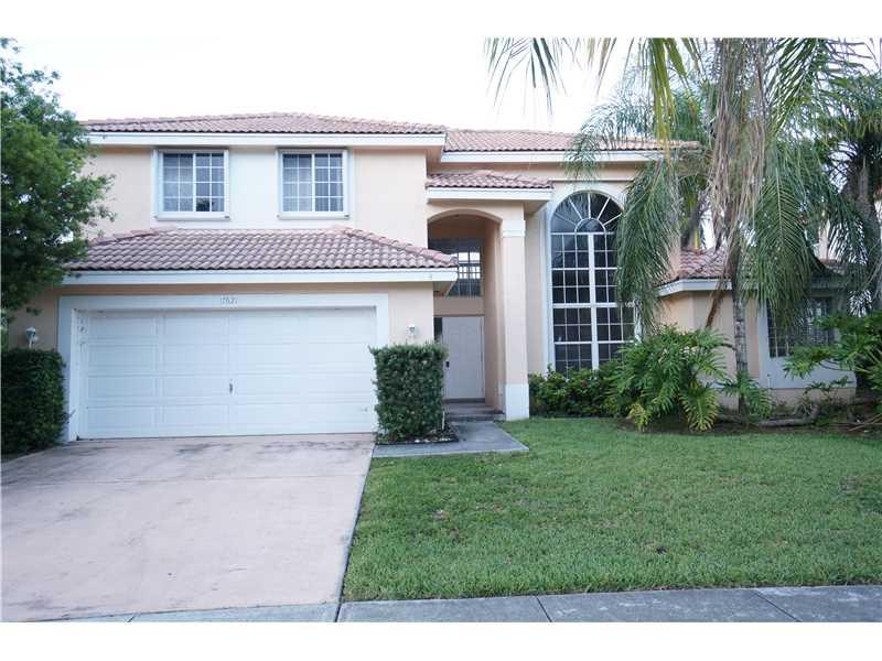 17621 SW 7 St, Hollywood, FL