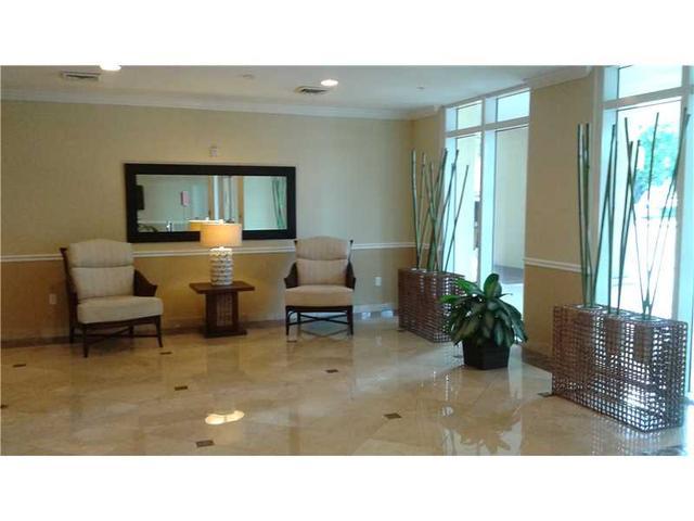 117 NW 42 Ave #512, Miami, FL 33126
