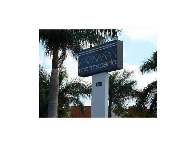 498 NW 165th Street Rd #D301, North Miami, FL 33169
