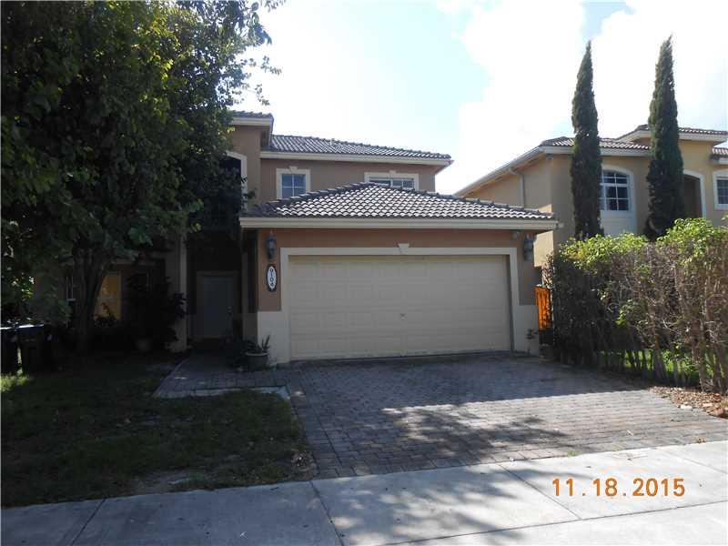 9104 SW 209 Te, Miami, FL