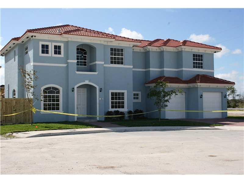 15650 SW 11 Te, Miami, FL