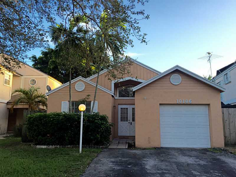 10106 SW 223 Te, Miami, FL