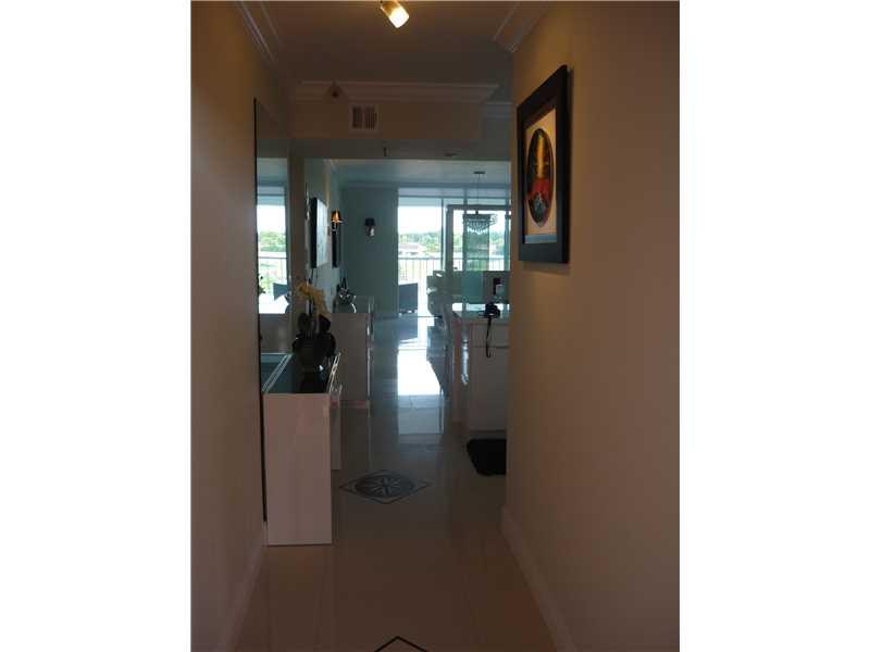 4550 NW 18 Ave #APT 401, Pompano Beach, FL