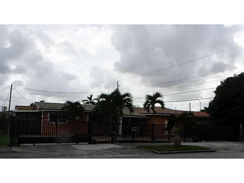 3230 W 13 Ave, Hialeah, FL