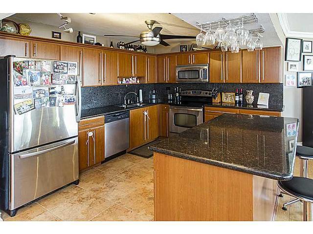 7135 Collins Ave #1725, Miami Beach, FL 33141