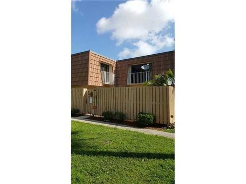 860 Blue Ridge Cir #860, West Palm Beach, FL 33409