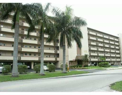 1000 NE 14th Ave #APT 707, Hallandale FL 33009