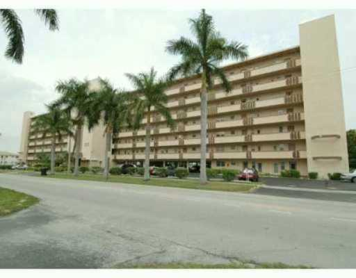 1000 NE 14th Ave #APT 707, Hallandale, FL