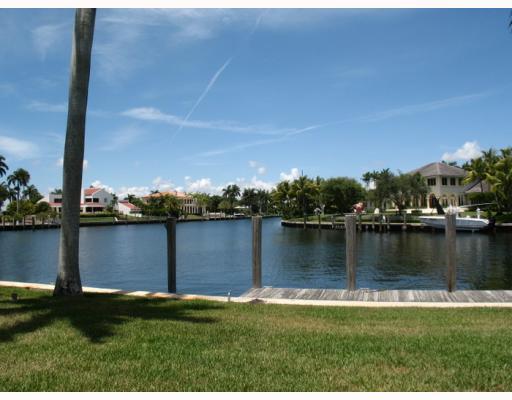 2 Casuarina Conc, Miami FL 33143