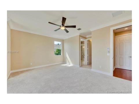7771 Eden Ridge Way, West Palm Beach, FL 33412