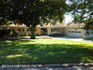 938 Old Grove Mnr, Jacksonville, FL 32207