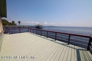 21 S Lake St, Crescent City, FL