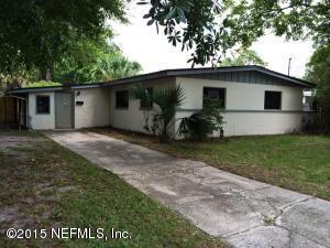 10955 Eniwetok Dr, Jacksonville, FL 32246