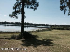 155 Silver Pond Rd, Crescent City, FL