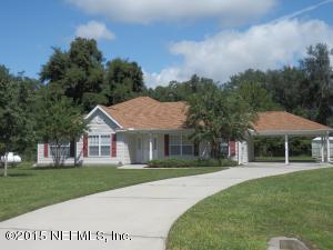 220 Lake Dr, Crescent City, FL