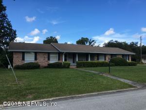 7421 Maple Tree Dr, Jacksonville, FL