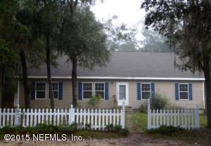 114 Pine St, Interlachen, FL
