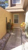 8578 Pineverde Ln, Jacksonville, FL