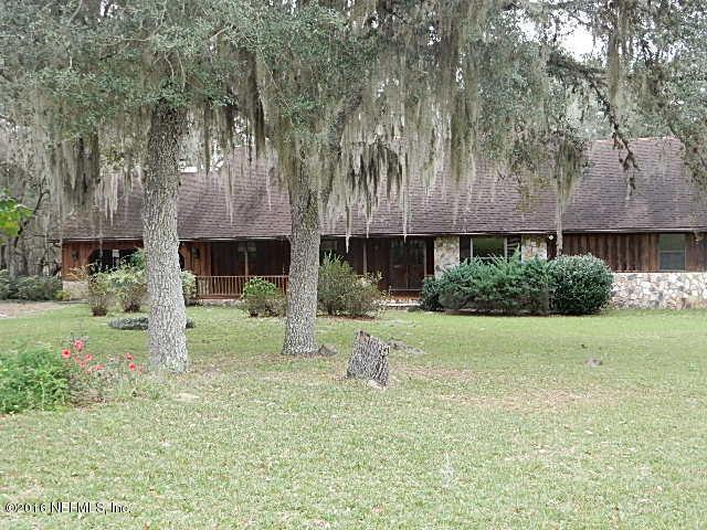 114 Medlock Ln, Hawthorne, FL 32640