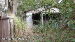 621 Lime St, Crescent City, FL