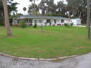 601 N Park St, Crescent City, FL