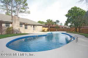 292 Foxridge Rd, Orange Park, FL