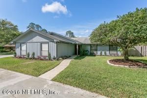 9442 Silhouette Ln, Jacksonville, FL