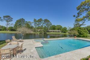 8040 Pine Lake Rd, Jacksonville, FL 32256