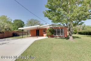 394 Sargo Rd, Atlantic Beach, FL