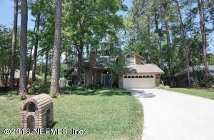 13790 Carters Grove Ln, Jacksonville, FL 32223