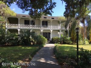 110 Palmetto Ave, Crescent City, FL