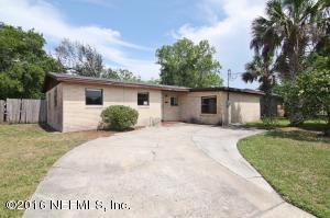 405 Royal Palms Dr, Atlantic Beach, FL