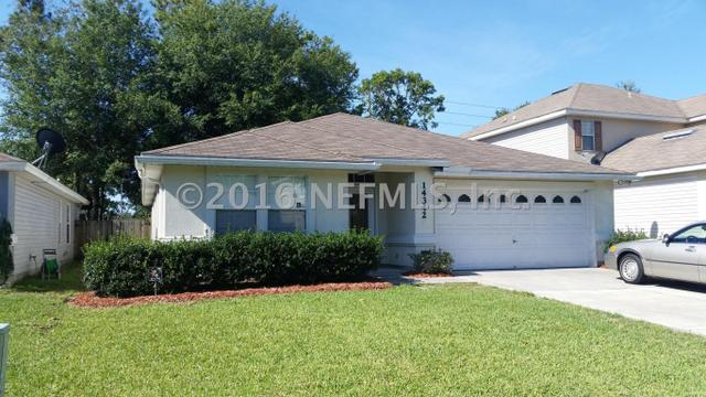 14342 Woodfield Cir S, Jacksonville, FL 32258