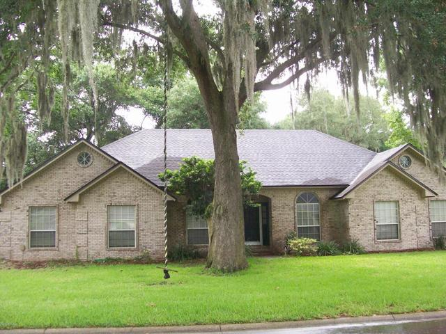 1257 Willow Oaks Dr W, Jacksonville Beach, FL 32250