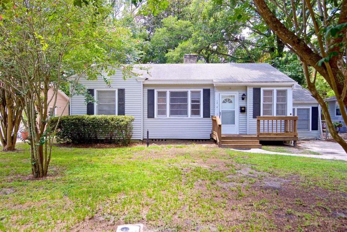 1512 Charon Rd, Jacksonville, FL 32205
