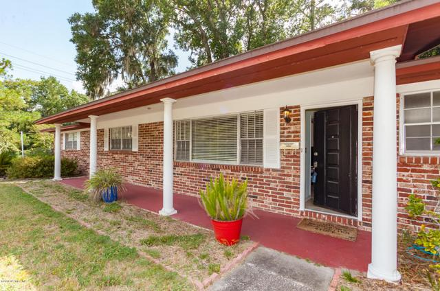 8470 Lynda Sue Ln W, Jacksonville, FL 32217