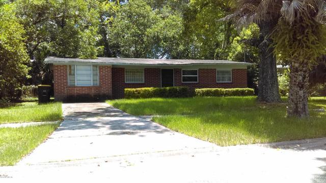 5018 Dostie Dr S, Jacksonville, FL 32209