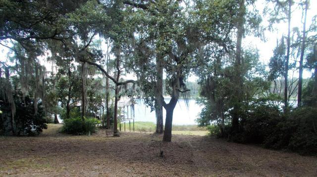8483 Lily Lake Rd, Melrose, FL 32666