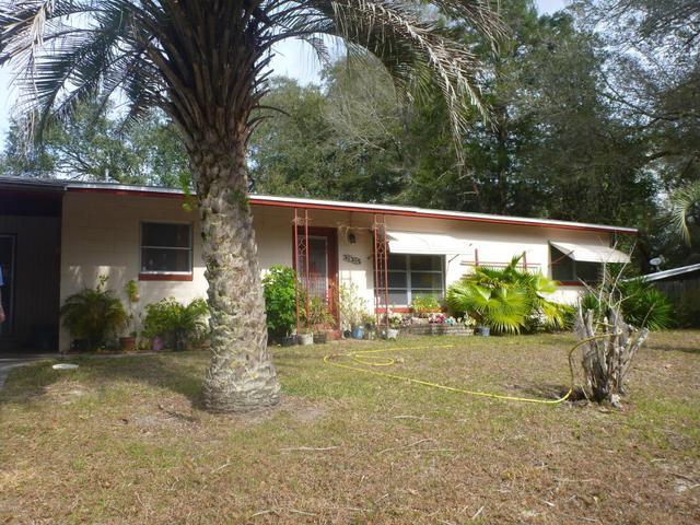 335 S East 41st St, Keystone Heights, FL 32656