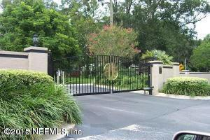 1307 River Hills Cir E #13, Jacksonville, FL 32211