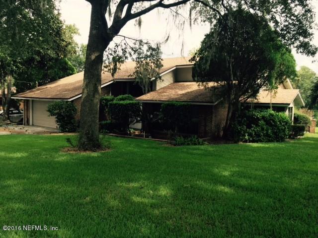 1391 Ryar Rd, Jacksonville, FL 32216