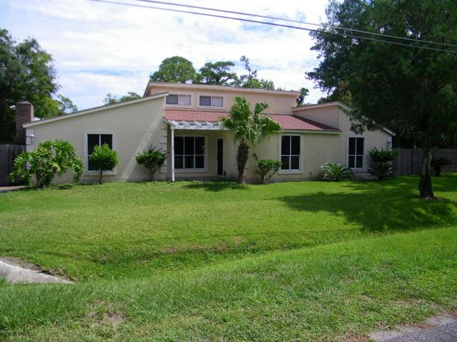 9615 Carbondale Dr W, Jacksonville, FL 32208
