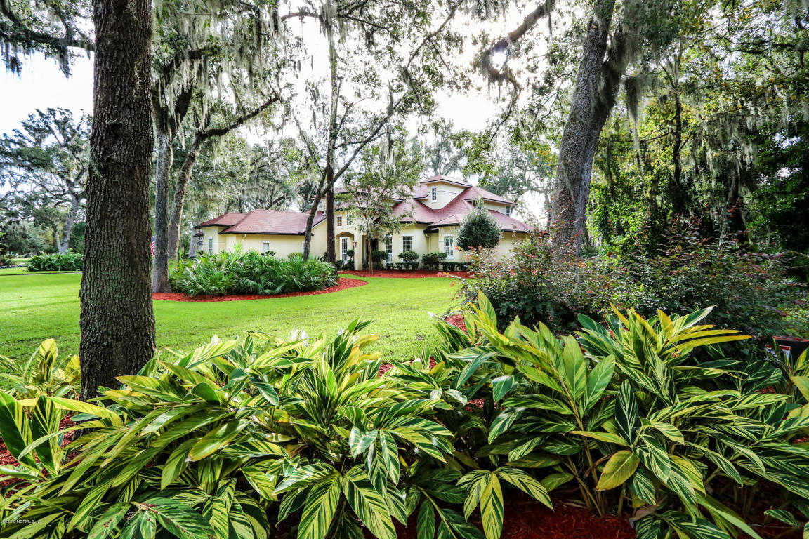 1337 Oaklanding Lane, Fleming Island, FL 32003