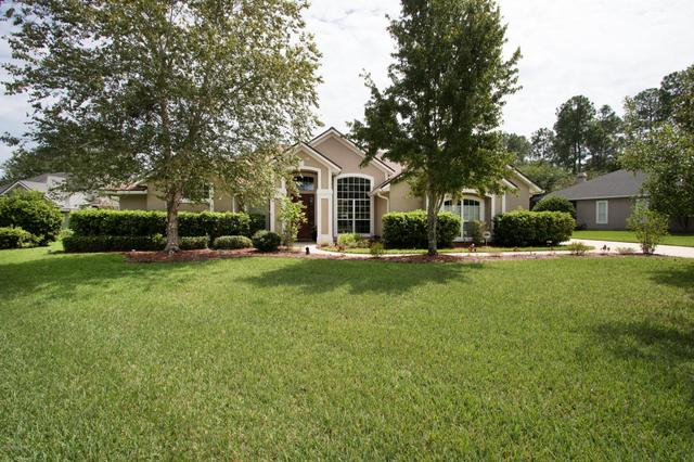 1667 Waters Edge Dr, Fleming Island, FL 32003