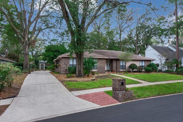 1684 Village Way, Orange Park, FL 32073