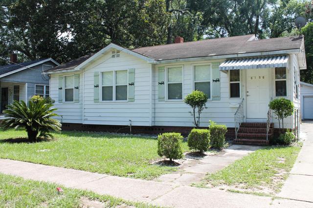 8158 Paul Jones Dr, Jacksonville, FL 32208